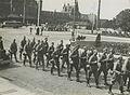 Aankomst van een detachement Nederlandse militairen aan het station op de maanda – F40344 – KNBLO.jpg