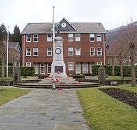 Abercarn War Memorial - geograph.org.uk - 2303245.jpg
