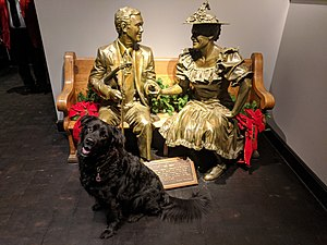 Roy Acuff - A life-size statue of Roy Acuff sits on a pew alongside a statue of Minnie Pearl in the lobby of Ryman Auditorium.