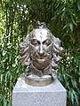 Albrecht von Haller (Botanischer Garten Gießen) 01.JPG