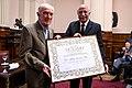 Aldo Neri recibe Mención de Honor del Senado.jpg
