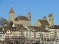 Altstadt, Schloss und Stadtpfarrkirche in Rapperswil, Ansicht vom Seedamm 2017-11-22 15-02-52.JPG
