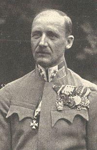 Anton Lehár (1876–1962) als Träger des Militär-Maria-Theresien-Ordens 1918.jpg