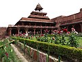 Architecture and Foliage in Palace - Fatehpur Sikri - Uttar Pradesh - India (12635550974).jpg