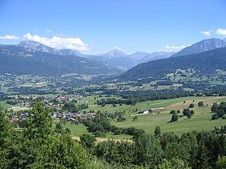 Arith - Arith et Montagny from the Montagne de Bange