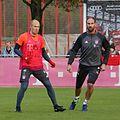 Arjen Robben Tom Starcke Training 2016-11 FC Bayern Muenchen-1.jpg