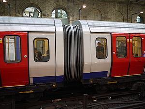 London Underground S7 and S8 Stock - Gangway connection between cars