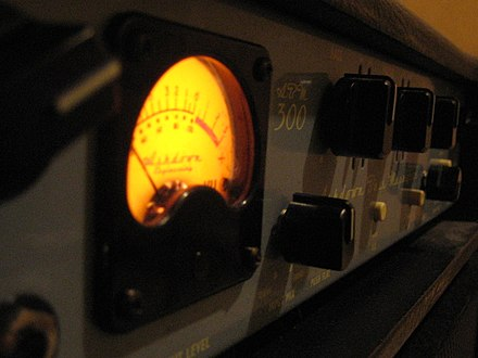 An unusual feature on Ashdown bass amps is a VU meter with a needle, which indicates input signal levels (pictured is the Ashdown ABM-300). Ashdown ABM-300 Bass Amplifier - input level meter angled (2007-02-24 by Andrew Plumb).jpg