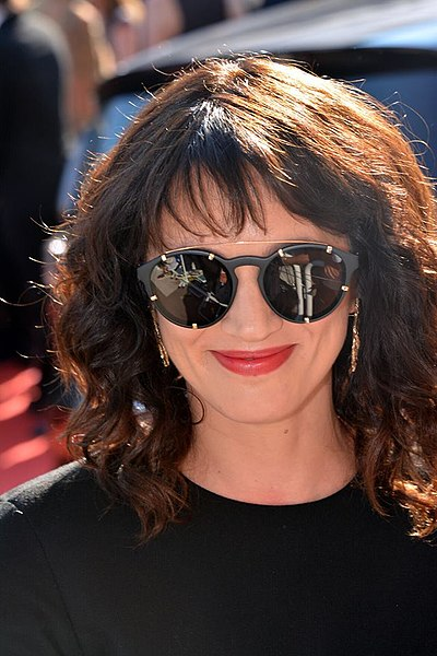 File:Asia Argento Cannes 2018.jpg