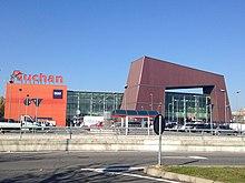 Centro commerciale Auchan a Cesano Boscone (MI)