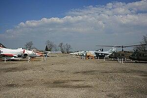 Aurora Municipal Airport - Image: Aurora Municipal Airport (Illinois) 4