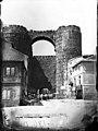 Avila Puerta del Alcazar 1880 01.jpg
