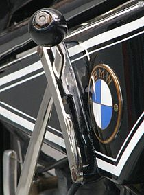 BMW R32 gearshift and logo.jpg