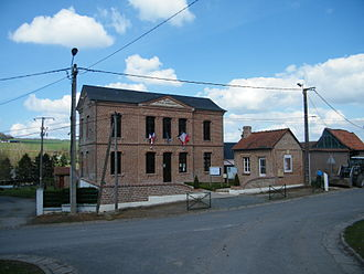 Bailleul, Somme - The town hall and school of Bailleul