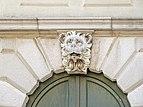 Basilica Santa Maria della Salute mascherone lato ovest Dorsoduro Venezia.jpg