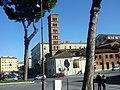 Basilica Santa Maria in Cosmedin - panoramio (15).jpg