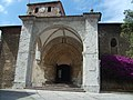 Basilica de Santa Maria del Concejo - Llanes - España - 02.JPG