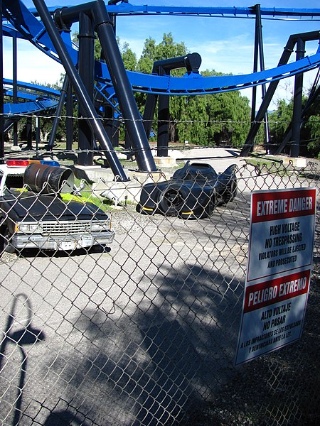 File:Batman The Ride at Six Flags Magic Mountain 10.jpg