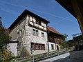 Bauernhaus im Kirchhofbereich P1030096.jpg