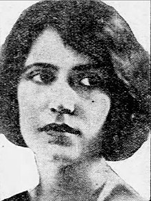 Beatrice Maude, from a 1922 publication.