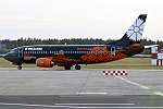 Belavia (World of Tanks Livery), EW-254PA, Boeing 737-3Q8 (29970127910).jpg