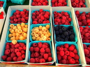 Old LA (Highland Park) Farmers Market - Early autumn berries available at the market