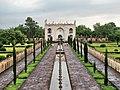 Bibi Ka Maqbara (entrance view) (452150631).jpg