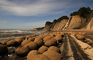 English: Bowling Balls Beach in Mendocino coun...