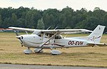 Brasschaat Cessna Skyhawk OO-EVH 01.jpg
