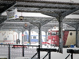 Bucharest North railway station - Trains at the station in winter