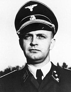Heinz Linge SS officer; valet for German dictator Adolf Hitler
