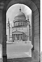 Potsdamer Nikolaikirche (Quelle: Wikimedia)
