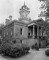 Burke County Courthouse (North Carolina).jpg