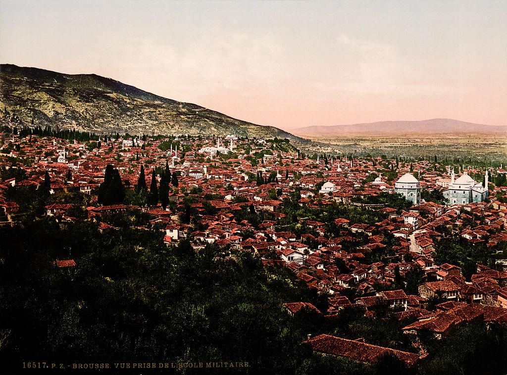 Vue sur Bursa en Turquie en 1900.