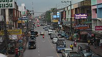 Busy Thai street.jpg