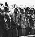 COLLECTIE TROPENMUSEUM Jonge vrouwen bij de Studenten Sportwedstrijden in het stadion Pertamina te Palembang-Pladju TMnr 20000145.jpg