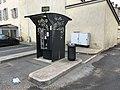 Caisse de parking à Villefranche-sur-Saône.JPG