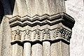 Capitel na igrexa de Hellvi 2.jpg