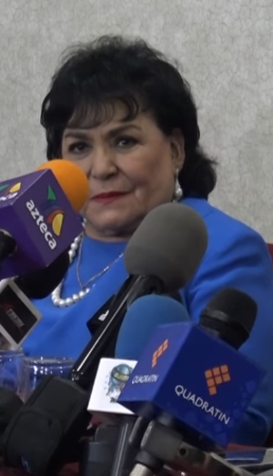 Carmen Salinas - Image: Carmen Salinas in an interview with Dulce Osuna in June of 2017
