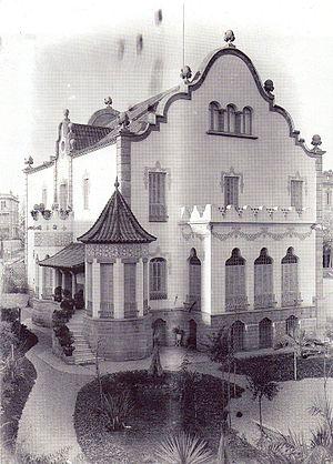 Casa Trinxet - Back facade of the Casa trinxet.