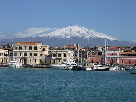 Catania, Sicily, with Mount Etna in the background Catania-etna.JPG