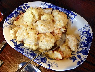 Cauliflower cheese - Image: Cauliflower cheese side dish