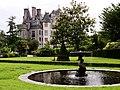 Château des Ravalet vu du jardin.JPG