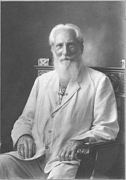 Charles Webster Leadbeater is credited with developing and popularizing the concept of auras. Charles Webster Leadbeater.019.jpg