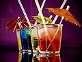 Cocktails mit Schirmchen.jpg