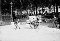 Concours régional. Sur le trottoir. 16 mai 1895 (1895) - 51Fi41 - Fonds Trutat.jpg