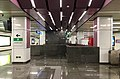 Concourse of Shan'gezhuang Station (20180416171048).jpg