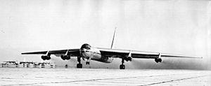 Convair YB-60-1-CF 49-2676.jpg