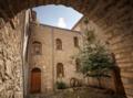 Cortile ex Oratorio di rito bizantino (Ritiri).png