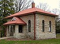 Crapo Park pumphouse - Burlington Iowa.jpg
